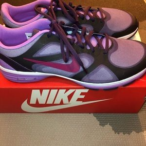 Nike Dual Fusion TR Training Shoe 10 Purple NWOT